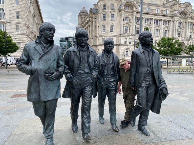 Jack Leslie sculptor