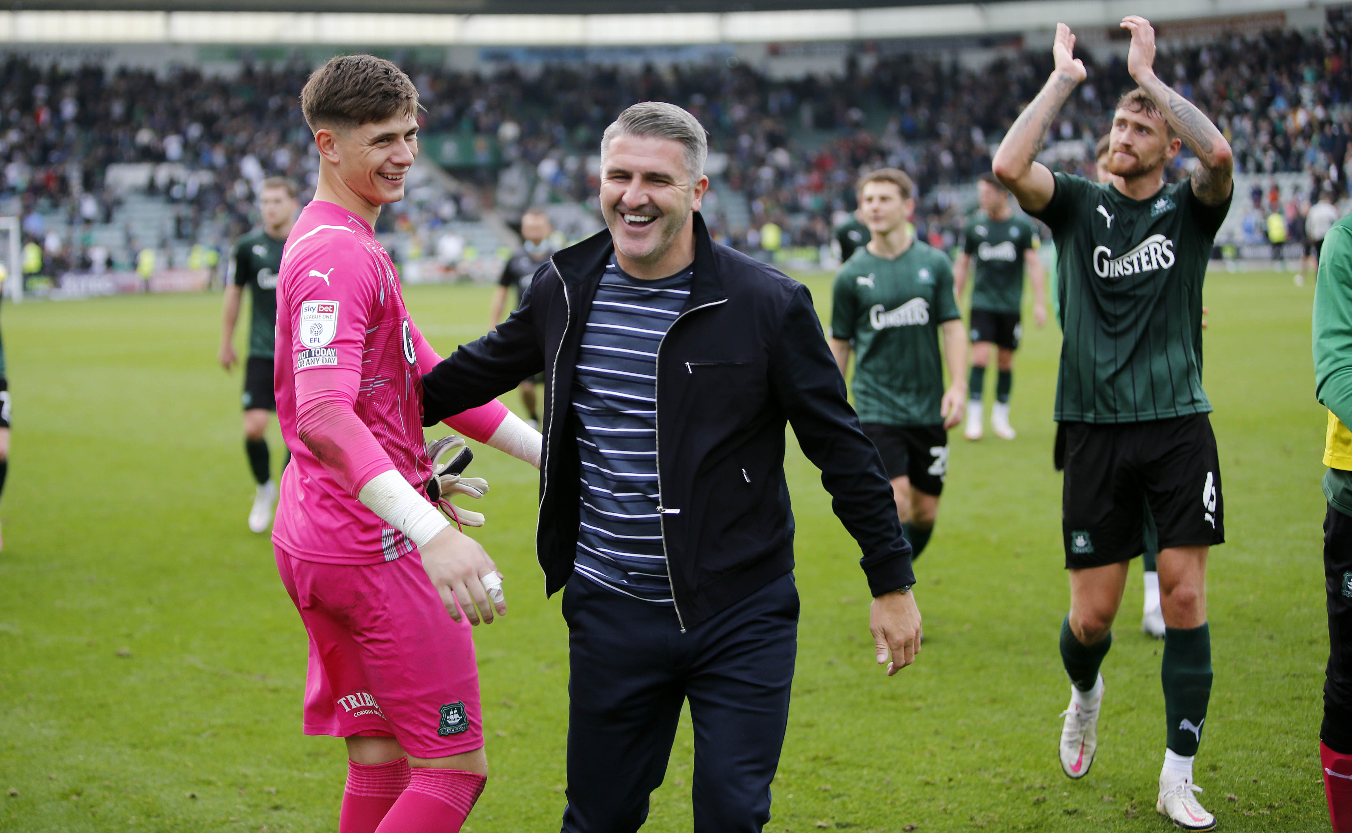 Mike Cooper and Ryan Lowe celebrate at full-time